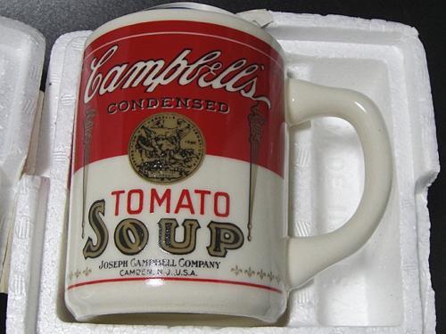 70年代頃のオールドパイレックスで1番人気のPYREXブランド at home in your labマグカップです。 *多少のキズはありますが、使用感はほとんどなくキレイです。